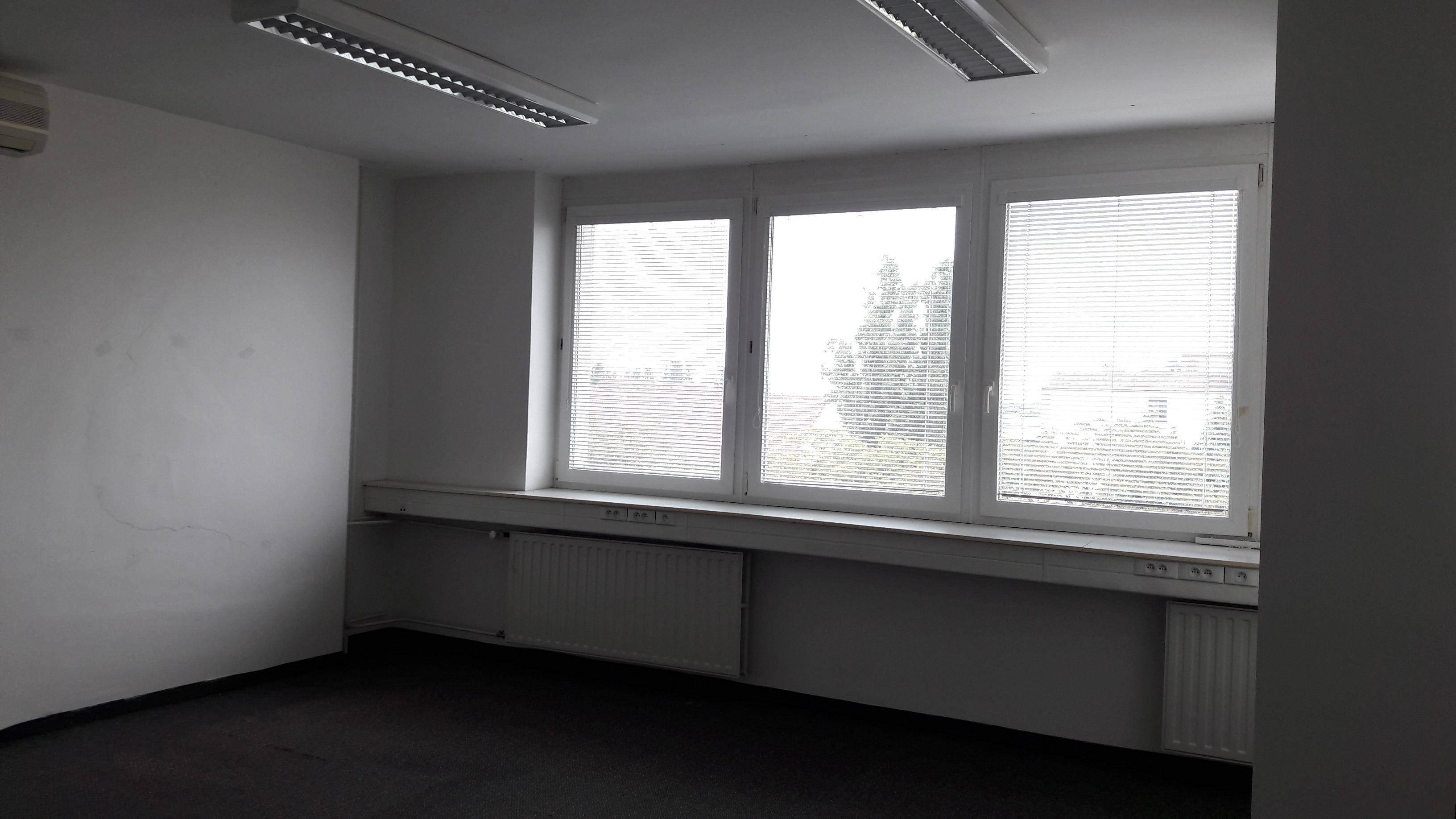 Prenájom kancelárske priestory centrum Šaľa