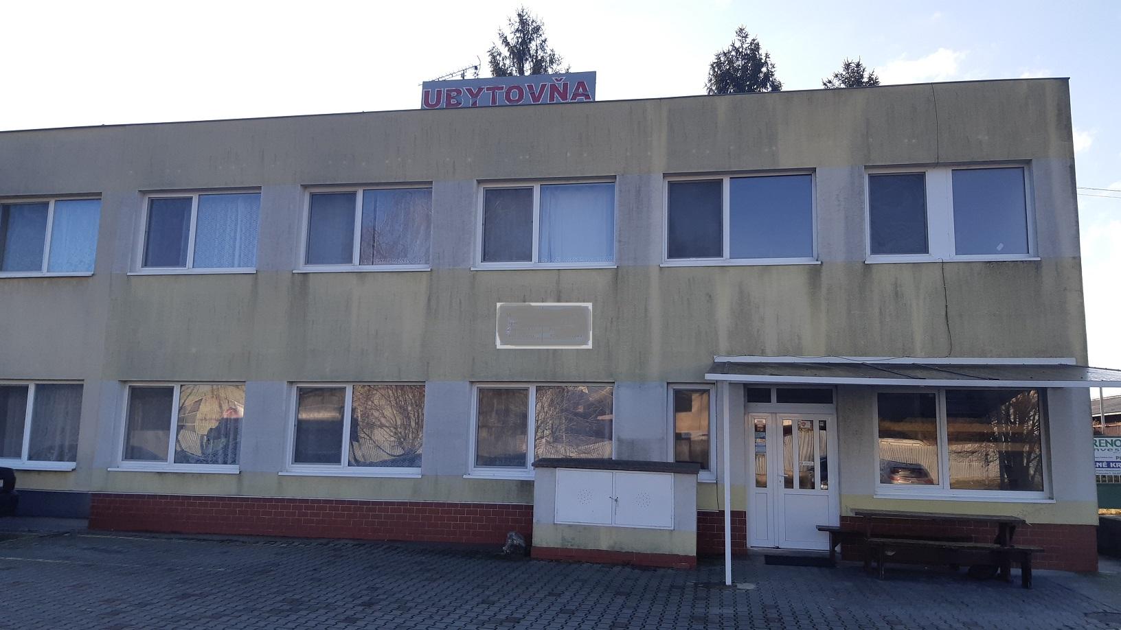 Na predaj komerčná budova – ubytovňa Galanta