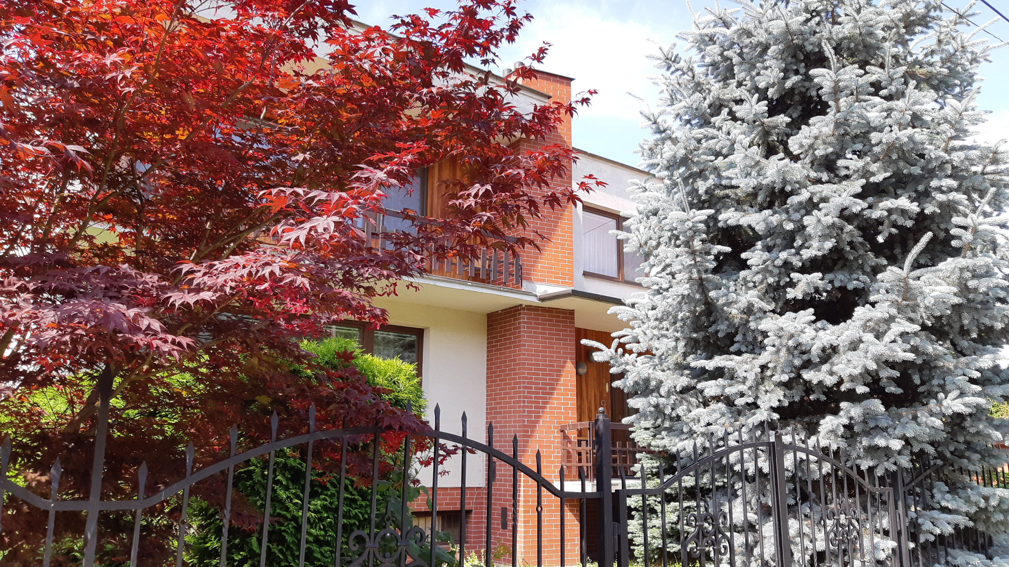 Rezervovaný Na predaj priestranný dom, vo výbornej lokalite Šaľa