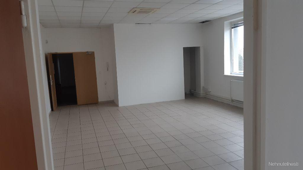 Na prenájom kancelársky priestor 71,70 m2 Šaľa